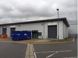 TO LET WAREHOUSE INDUSTRIAL UNIT - UNITS 15 & 16 GREENFORD PARK, GREENFORD, UB6