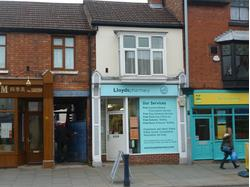 A Central Shop in Melton Mowbray with 1 Bed Flat Over