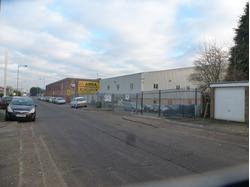 B8 Wholesale Cash & Carry Warehouse