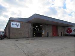 CP8438A Large Warehouse/trade Counter Unit To Let in Lincoln